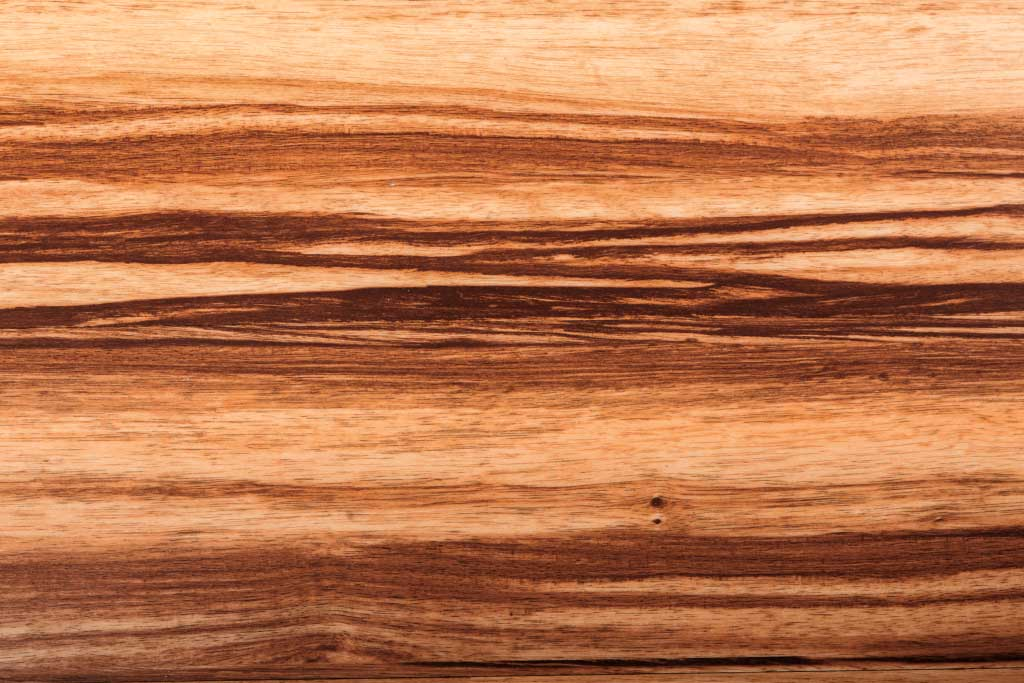 Особенности и применение шпона зебрано